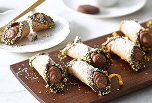 Mini Chocolate Cannoli