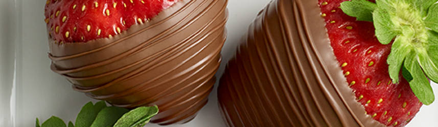Buy Chocolate Covered & Dipped Strawberries Delivered | GODIVA""