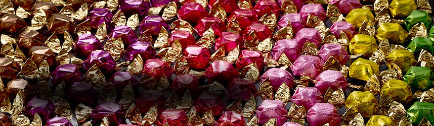 Wrapped chocolates G Cubes