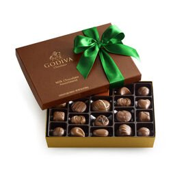 Assorted Milk Chocolate Gift Box, Green Ribbon, 22 pc.