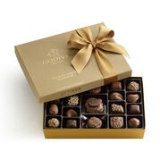 Nut & Caramel Assortment Gift Box, Classic Ribbon, 19 pc.