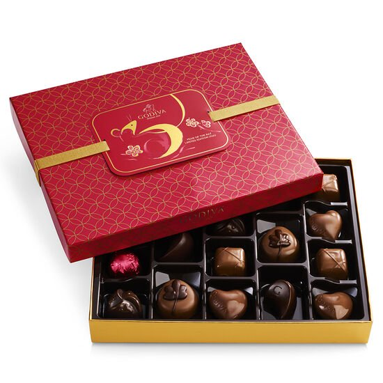 Limited Edition - Lunar New Year, Year of the Rat Gift Box, 18 pc. image number null