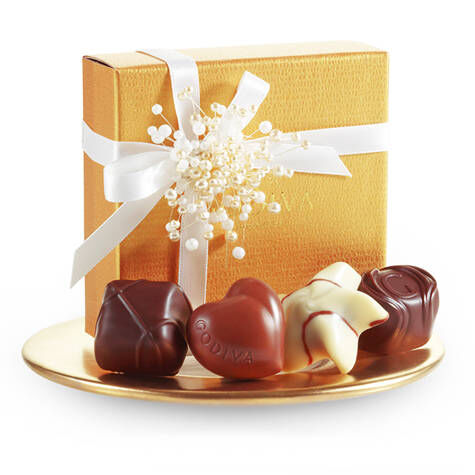 4 pc. Gold Favor - White Ribbon with Pearl Cluster
