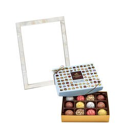 Mother of Pearl Frame with Patisserie Truffles, 12 pcs.