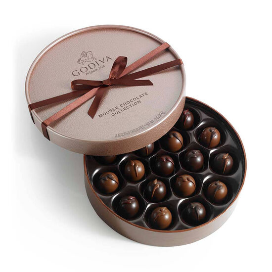 18 pc. Mousse Chocolate Gift Box image number null