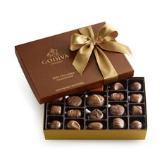 Assorted Milk Chocolate Gift Box, Classic Ribbon, 22 pc.