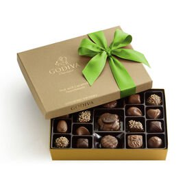 Nut and Caramel Chocolate Gift Box, Kiwi Ribbon, 19 pc.