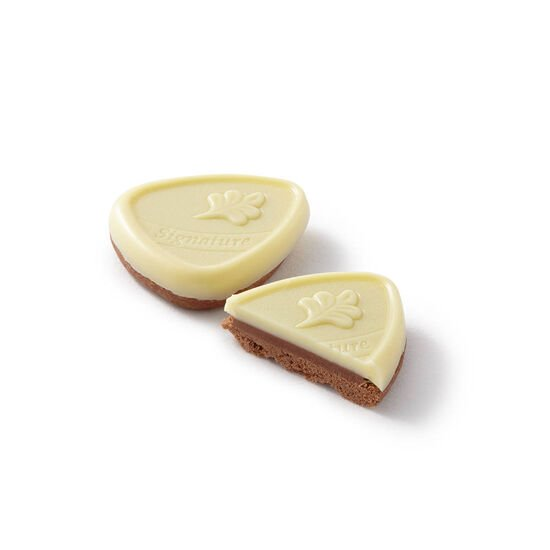 Framboise White Chocolate Raspberry Biscuit image number null